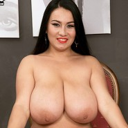 Helen Star Tits Exposed