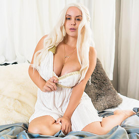 Bryci Platinum Blonde