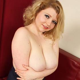 Freya Madison Reveals her Big Soft Tits
