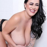 Leanne Crow Sensual Strip
