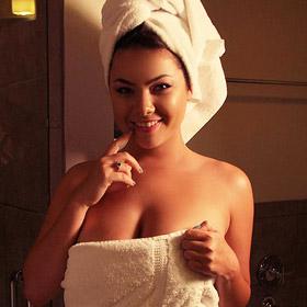 Lex Nai Two Towels
