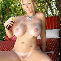 Congratulate, vivacious tanned blonde